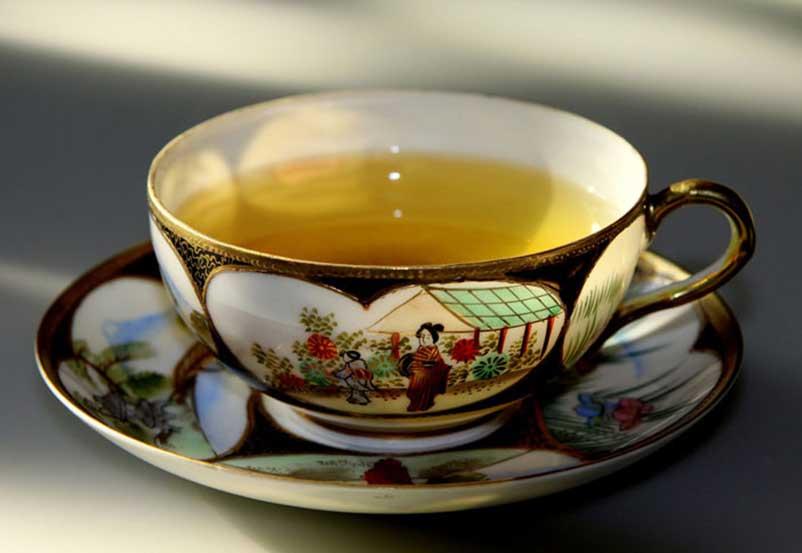 Top Herbs for Balancing Menopause with Eastern Herbalism